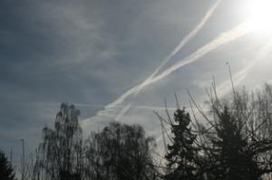 himmel 12 mars 2014 kors under dis